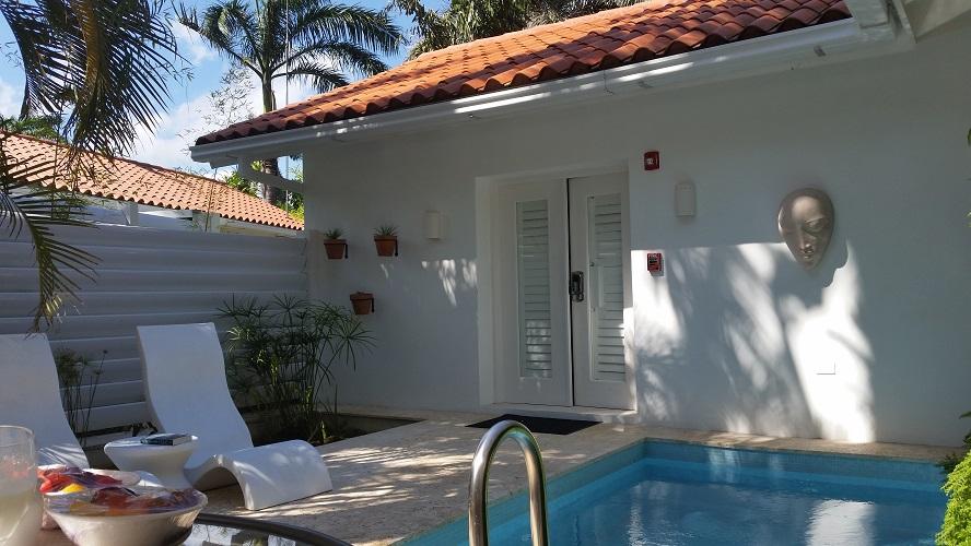 Oasis Spa Villa Private Outdoor Courtyard